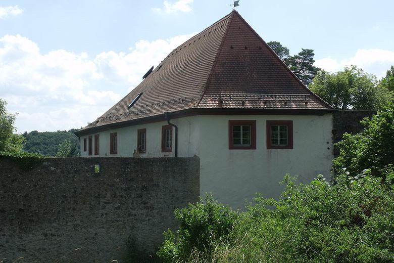 Burgmauer - Burg Waischenfeld