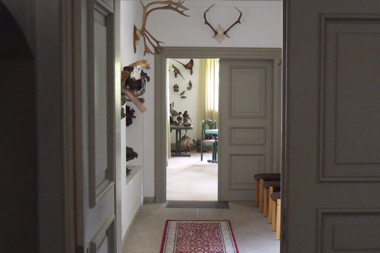 Jagdschein - Eingang Schulungsraum
